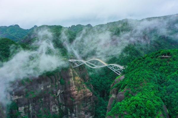 隐藏在台州的小众旅游地神仙居,千峰林立云雾缭绕宛如人间